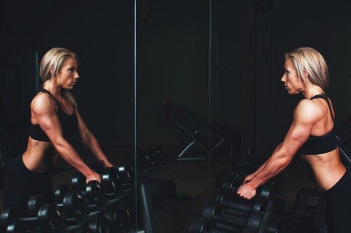 co zabrać na siłownie