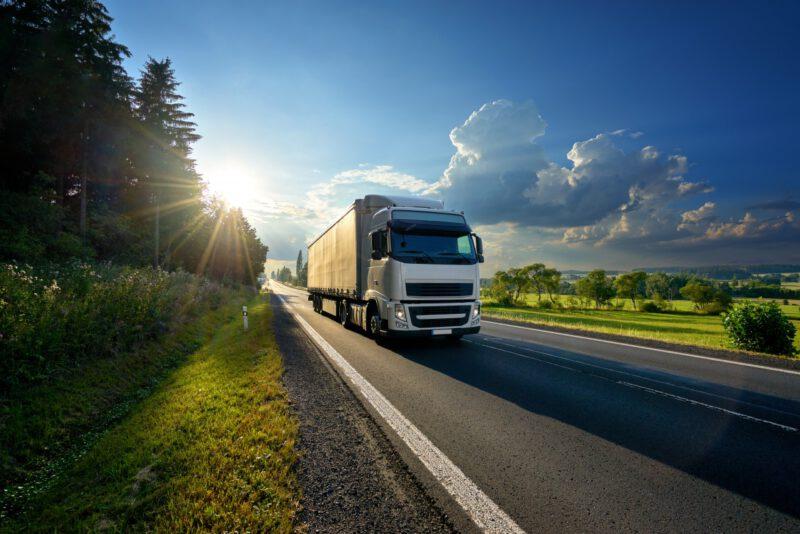 Wyższe opłaty drogowe w krajach Beneluksu. Zobacz, ile zapłacisz za przejazd samochodem ciężarowym w 2020 roku